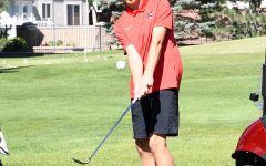 Golfers Hold on to Second Place in Region Play
